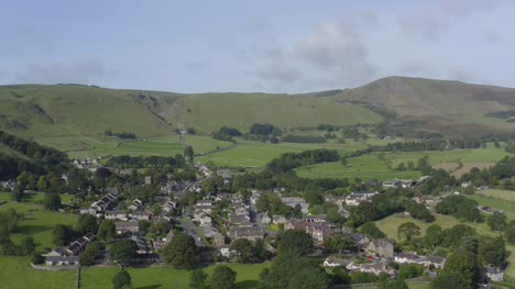 Drone-Shot-Pulling-Away-from-Castleton-03