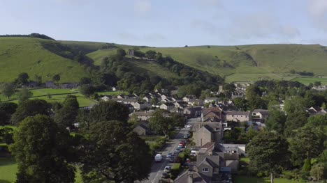 Drone-Shot-Pulling-Away-from-Castleton-05