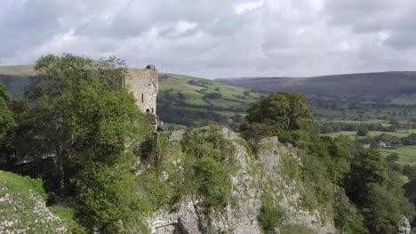 Drone-Shot-Approaching-Castleton-07