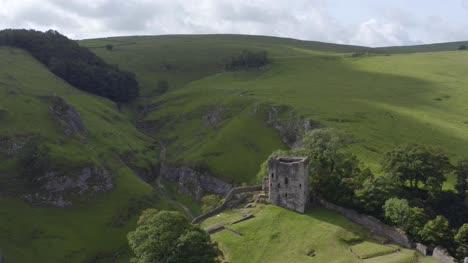 Drone-Shot-Orbiting-Peveril-Castle-02