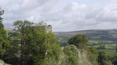 Drone-Shot-Orbiting-Peveril-Castle-04