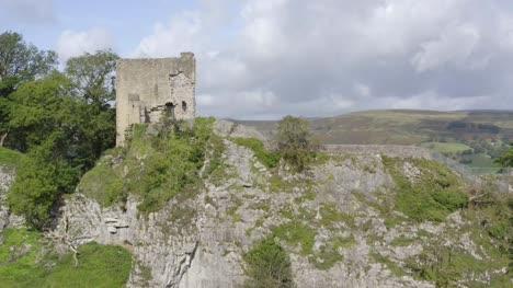 Drone-Shot-Rising-Above-Peveril-Castle-04