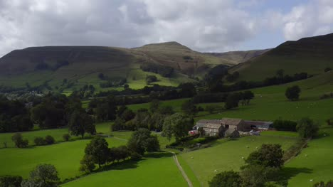 Drone-Shot-Orbiting-Edale-04