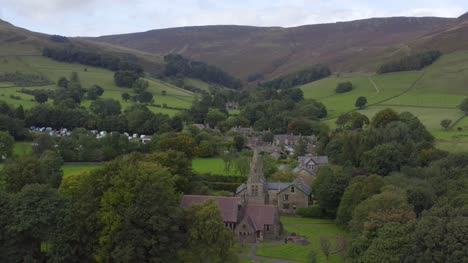 Drone-Shot-Orbiting-Edale-05