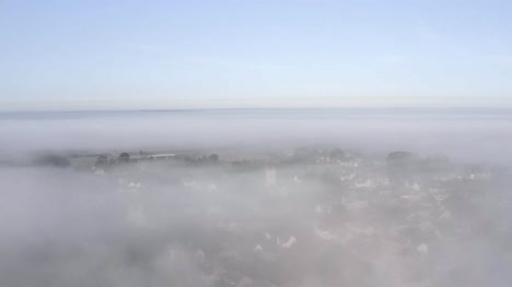 Drone-Shot-Rising-Above-Oxfordshire-Skyline-01
