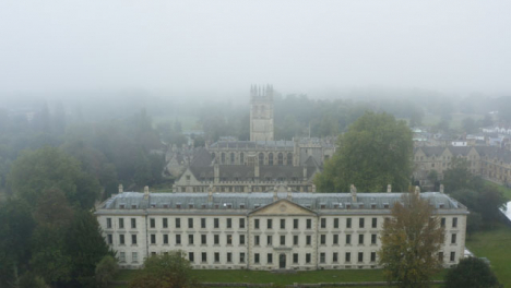 Drone-Shot-Pulling-Away-From-Buildings-In-Misty-Oxford-05