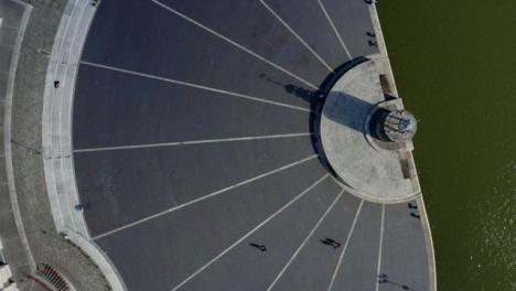 Overhead-Drone-Shot-Approaching-Bristol-Waterfront