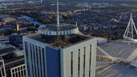 Drone-Shot-Orbitando-Bt-Stadium-House-01