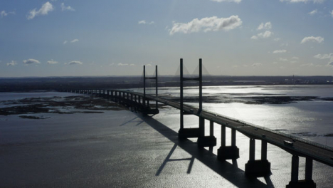 Drone-Shot-Pulling-Away-From-The-Prince-Of-Wales-Bridge-01