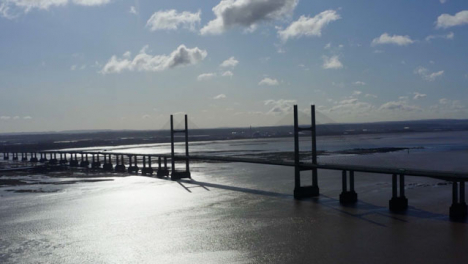 Drone-Shot-Orbiting-The-Prince-Of-Wales-Bridge-01