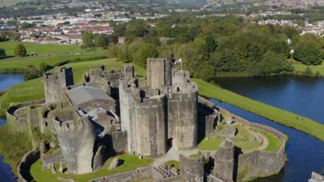 Drone-Shot-Orbiting-Caerphilly-Castle-04