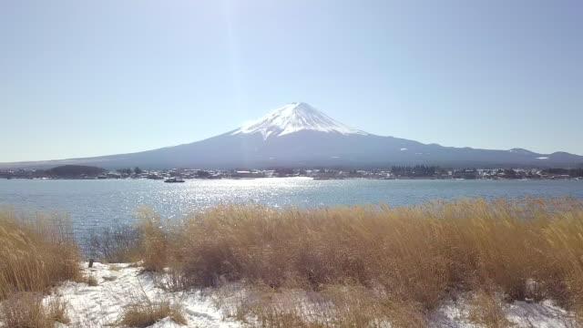 Fuji-volcano-in-the-beautiful-winter-Japan