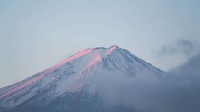Timelapse-Closeup-view-of-Mt-Fuji-Japan---going-into-the-cloudy-fog