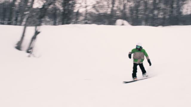 Snowboarding-Freestyle-Big-Method-Air-Off-Jump
