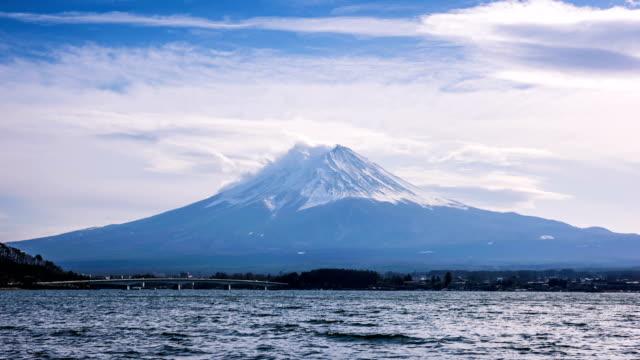 4K-Timelapse-of-Fuji-Mountain-in-Winter-Mt-Fuji-Japan