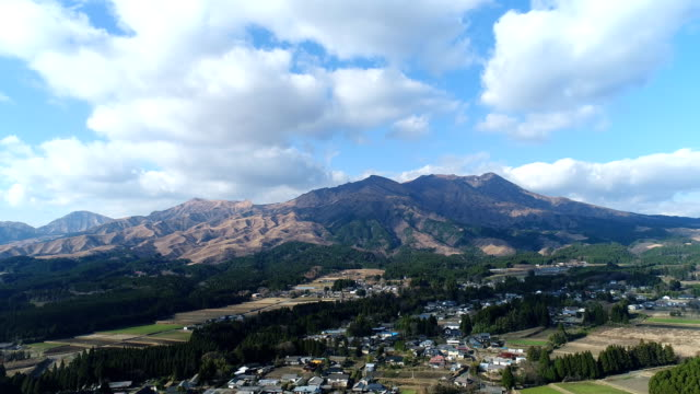 landscape-of-south-Aso-area-in-Japan