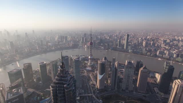 Paisaje-urbano-de-Shanghai-por-la-noche-4-k-lapso-de-tiempo