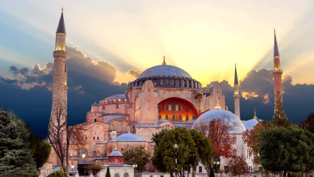 Hagia-Sophia-in-Istanbul-Die-Welt-berühmten-Denkmal-der-byzantinischen-Architektur-
