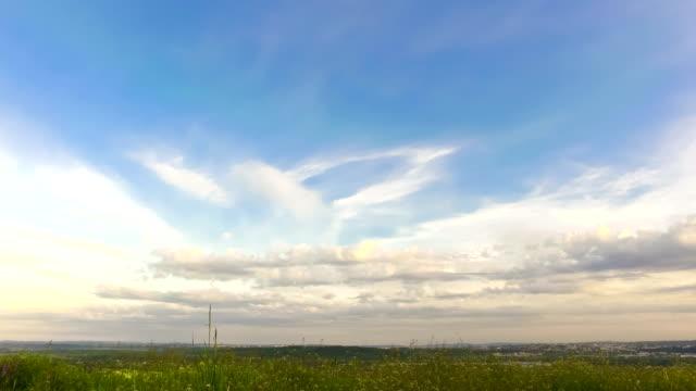 Idyllic-rural-view-of-gently-rolling-patchwork-farmland-