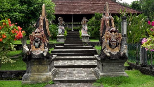 Hindu-temple-Tirta-Gangga-on-Bali-Hindu-temple
