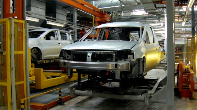 automatic-machines-are-transporting-car-bodies-for-construction-and-painting-between-departments