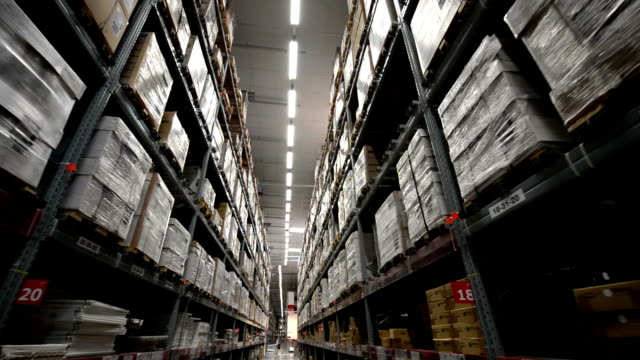 Large-warehouse-logistics-terminal