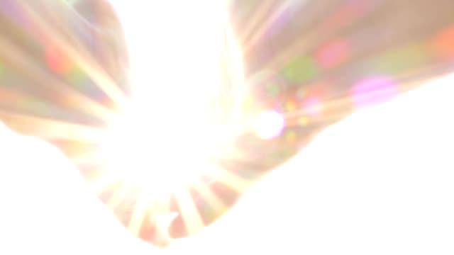 Betende-Hände-mit-Helligkeit-Segen-Gott-Engel