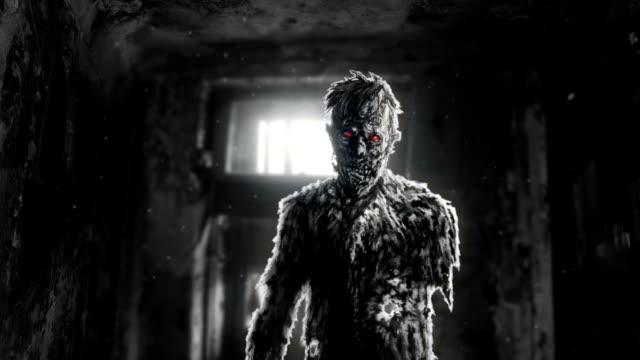Zombie-oscuro-con-ojos-rojos-entró-en-la-sala-de-animación-de-la-casa-abandonada-