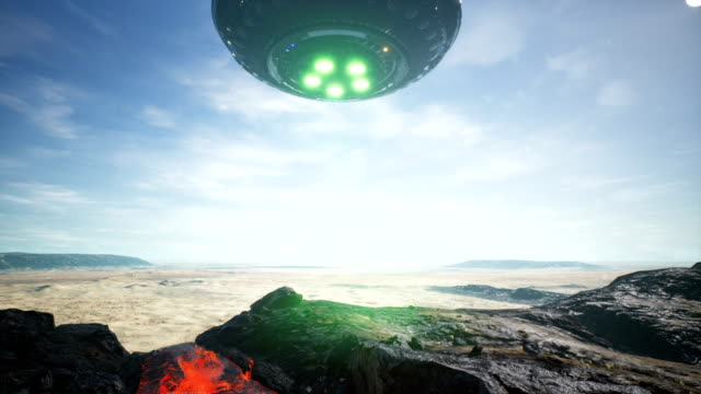UFO-lands-in-the-desert