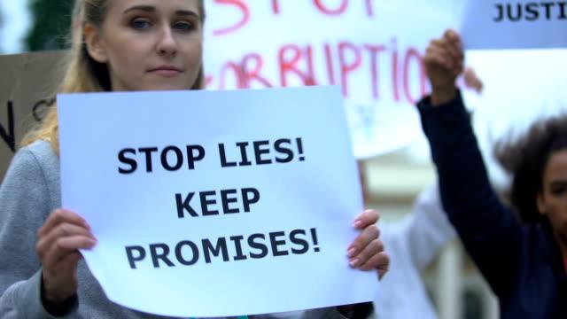 Electorado-que-exige-detener-mentiras-cumplir-promesas-sobre-el-nivel-de-vida-reformas