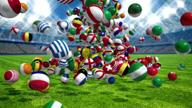 Caída-de-fútbol-pelotas