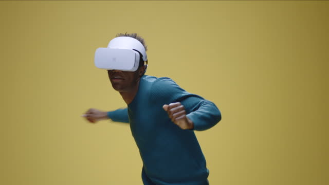 Young-man-playing-VR-game