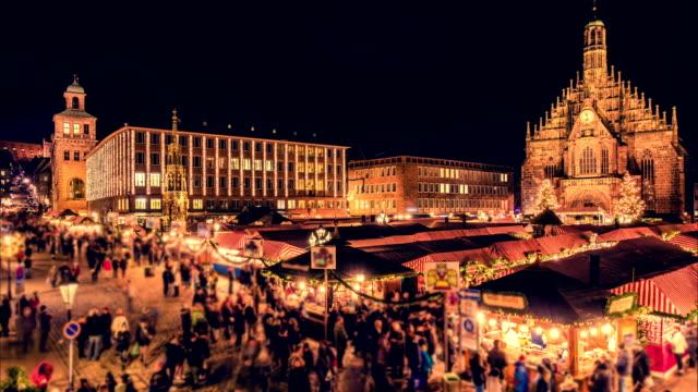 Nuremberg-Christmas-(christkindlesmarkt)-market-Night-time-lapse-Zoom-effect