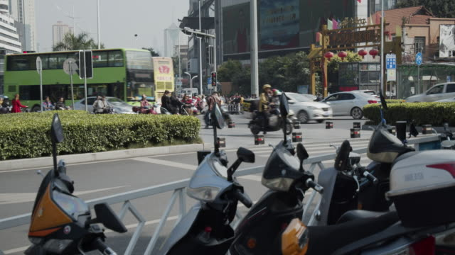 Chinese-busy-intersection