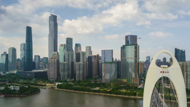 China-Sonnentag-Guangzhou-Stadt-berühmten-Liede-überbrücken-Perlfluss-aerial-Panorama-4k-Zeitraffer