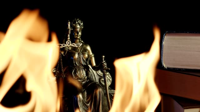 The-Statue-of-Justice---Flames-in-the-foreground
