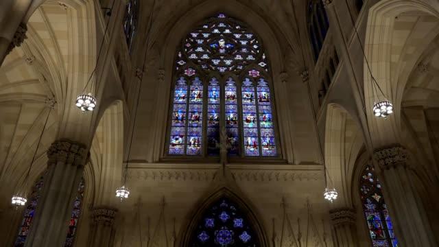 Catedral-de-Patrick-el-templo-católico-dentro-de-Nueva-York-un-monumento-excepcional-de-un-estilo-neogótico-de-Nueva-York-Estados-Unidos
