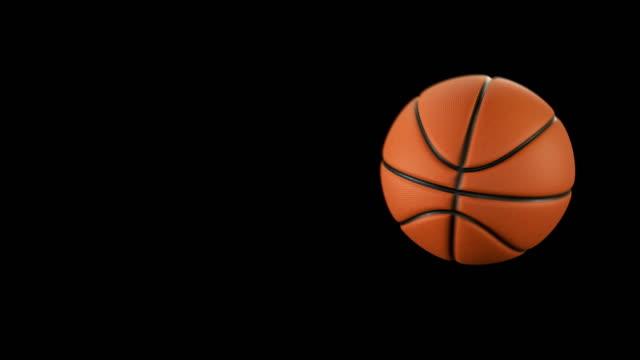 Bola-baloncesto-hermosa-lanza-en-cámara-lenta-en-negro-con-las-llamaradas-Serie-de-4-Videos-Baloncesto-animaciones-3d-del-vuelo-de-la-bola-4-k-Ultra-HD-3840-x-2160-