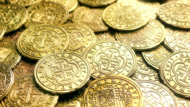 Shiny-Gold-Treasure-Coins