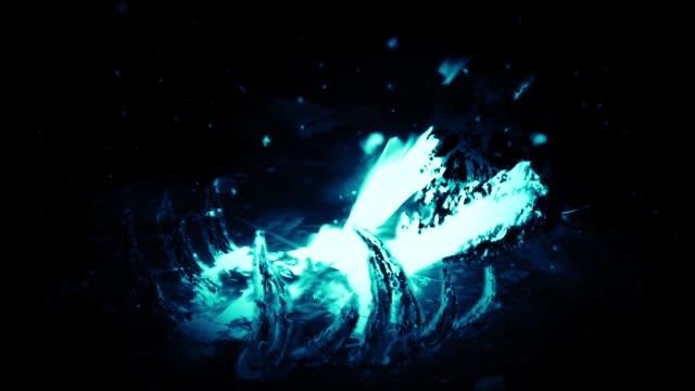 Restos-en-el-fuego-Color-azul-