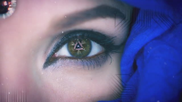4K-Close-up-of-Woman-Robot-Eye-with-CGI-Animation