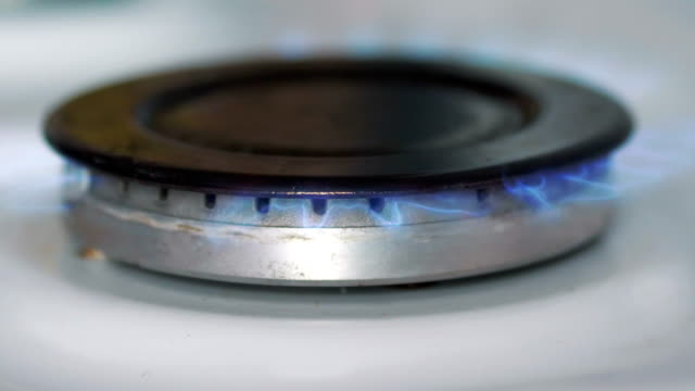 Burnning-gas-from-a-gas-stove-in-4k-slow-motion-60fps