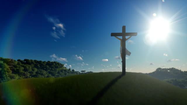 Jesus-Kreuz-gegen-blauen-Himmel-4K