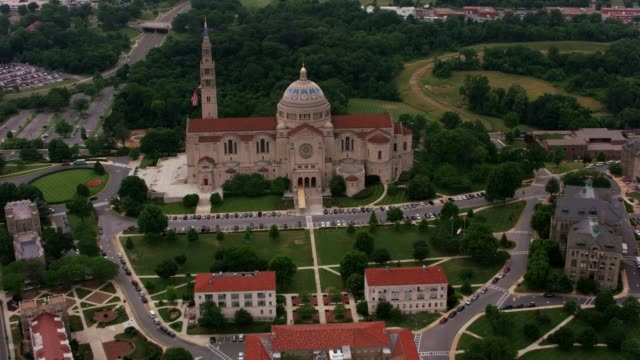 Basilica-of-the-National-Shrine-of-the-Immaculate-Conception-