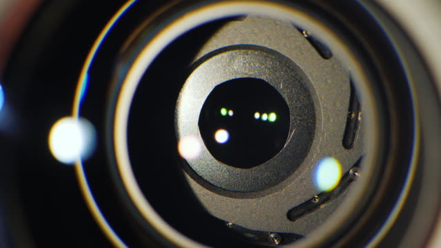 Close-up-of-the-aperture-mechanism-in-a-professional-camera