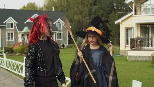 Two-Girls-Trick-or-Treating