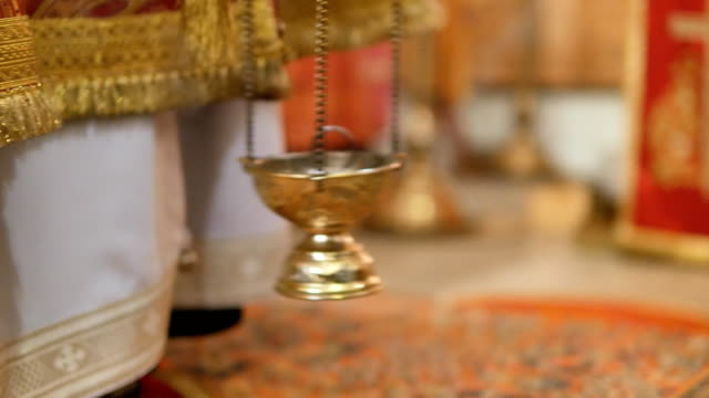 The-glorious-feast-of-Easter-The-central-square-of-Mtsensk-Christ-is-risen-The-swinging-censer
