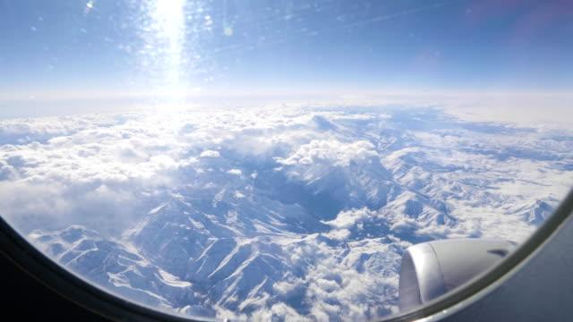 La-cordillera-principal-del-Cáucaso-Rusia-región-de-Georgia-Montaña-Elbrus-