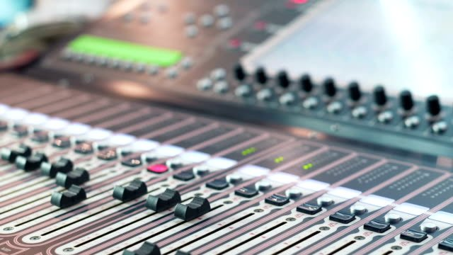 Audio-Mixer-in-a-Studio-Ready-for-the-Recording