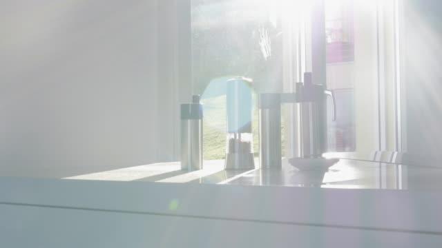 Still-Life-and-Sunny-Kitchen